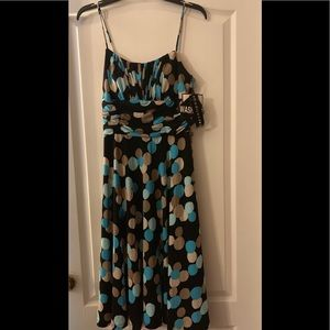 Madison Leigh Dress NWT size 6 washable lined new